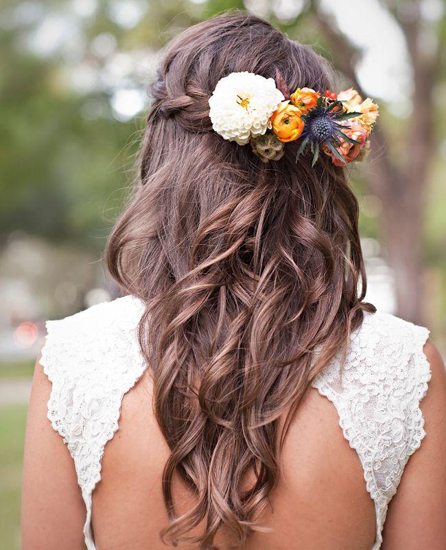 красивые прически с цветами в волосах фото